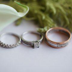 彼女も喜ぶ婚約指輪のセミオーダー その魅力とは?