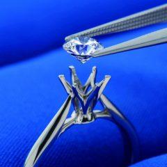 シークレットストーンをプレゼント!銀座ダイヤモンドシライシ全店でフェア開催中