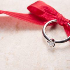 婚約指輪が欲しい…彼に上手に伝える6つの方法