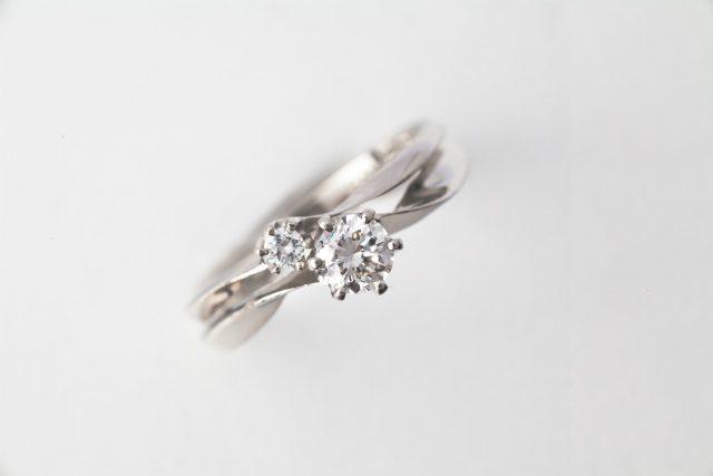 婚約指輪はダイヤがいい!ダイヤの指輪の選び方
