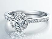 ダイヤモンドにメッセージを刻んで、世界でただ一つのダイヤモンドに!