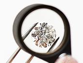 ダイヤモンド選びには絶対に妥協しない「ポンテベッキオの約束」