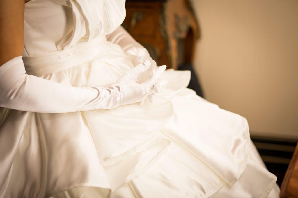 運命の1着を探そう!ウェディングドレスの基礎知識と自分に合ったドレスの選び方