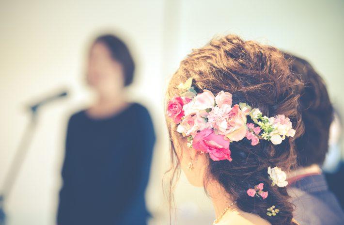 結婚式スピーチをする方に!スピーチの基本・禁句・例文を完全解説