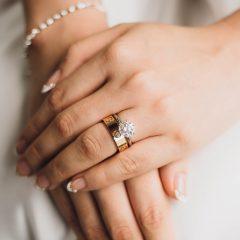 ティファニー?カルティエ?やっぱり高級ブランドの婚約指輪を買うべきなの?