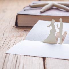 結婚式の招待状返信マナー 出席・欠席それぞれの書き方