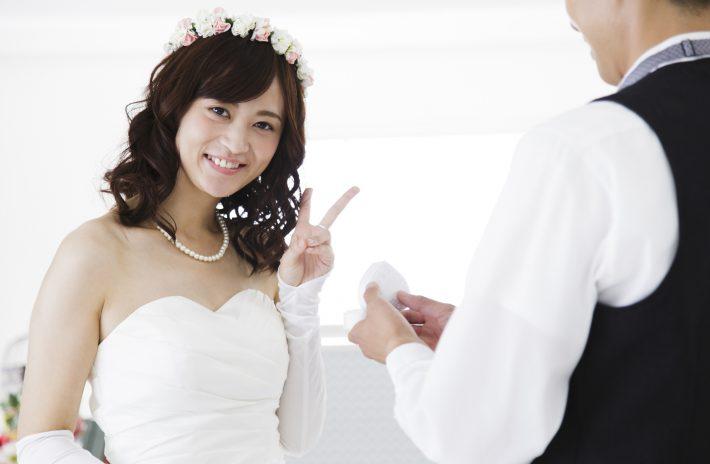 婚約指輪、一緒に選ぶ?それともサプライズ?